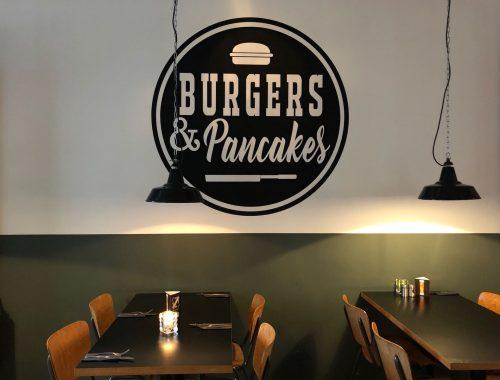Logo Burgers & Pancakes