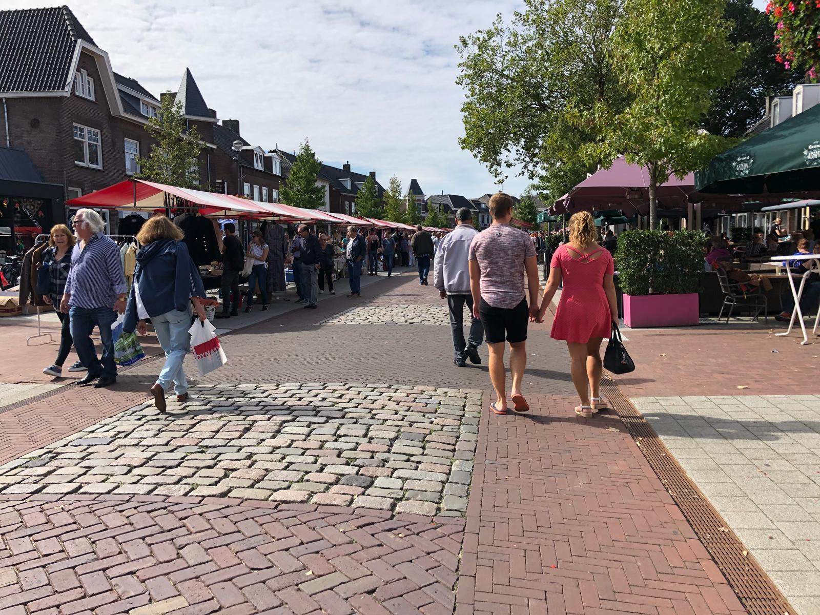Luikse markt Elst
