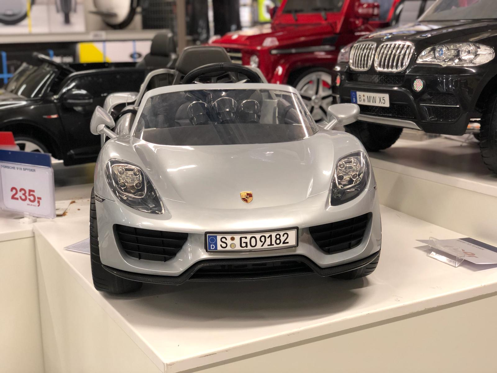 Porsche Makro