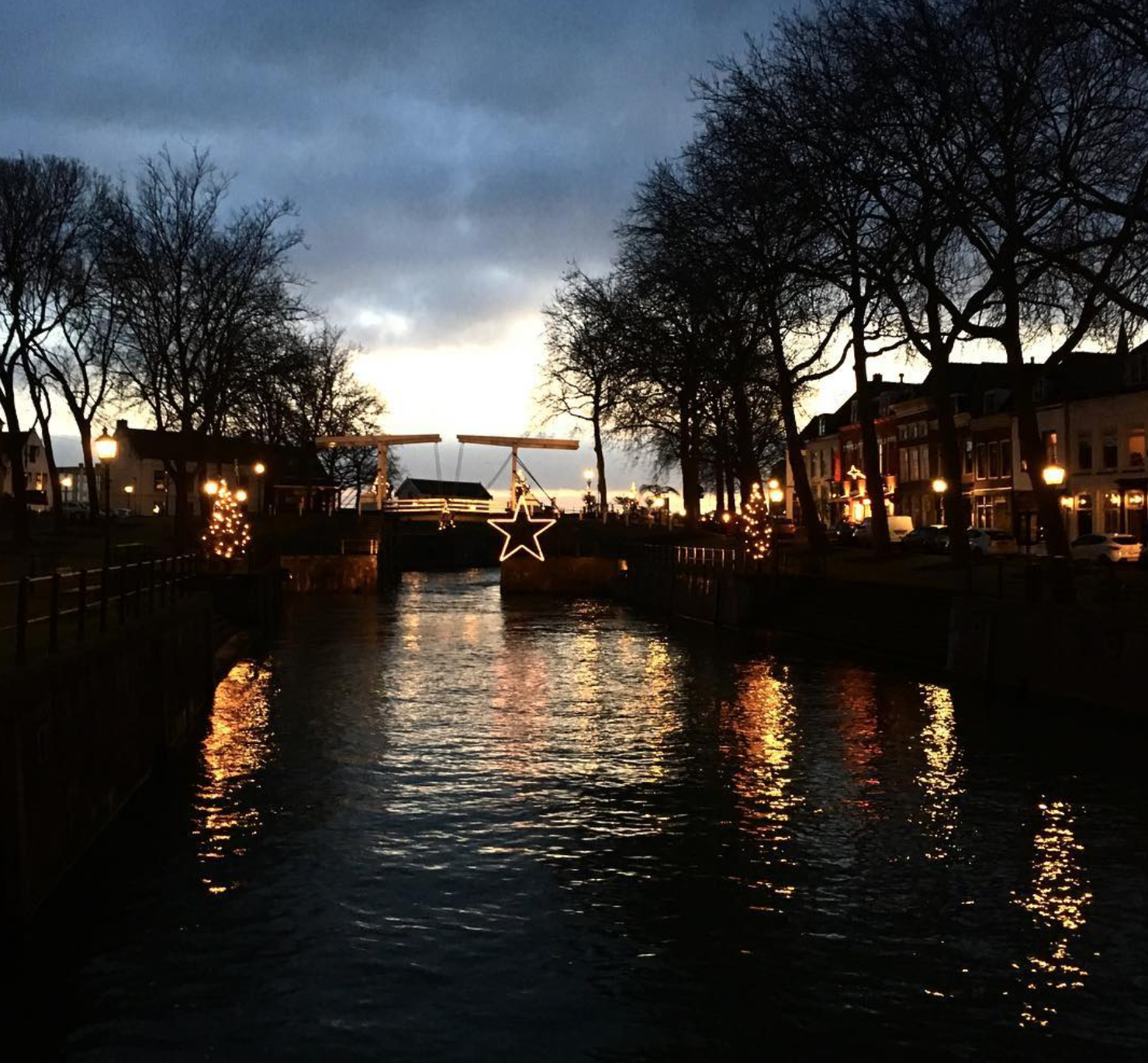 Winterse verlichting in Vreeswijk