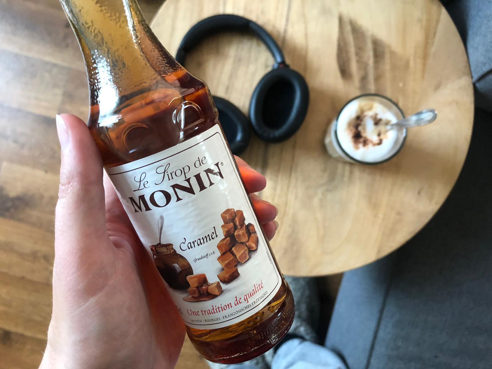 Caramelsiroop in je koffie