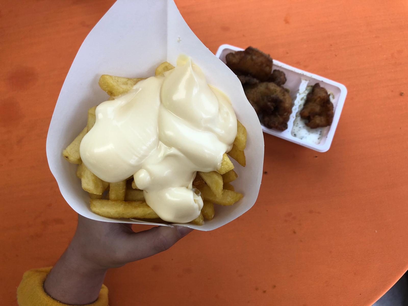 Visje en patat eten