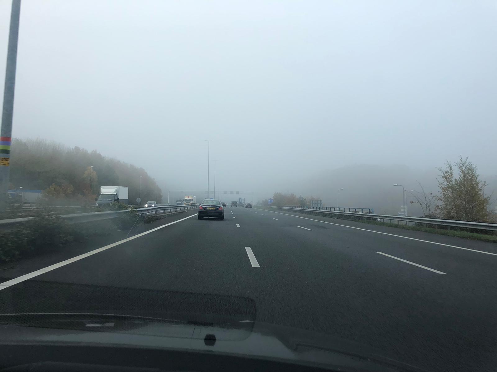 Helemaal de mist in