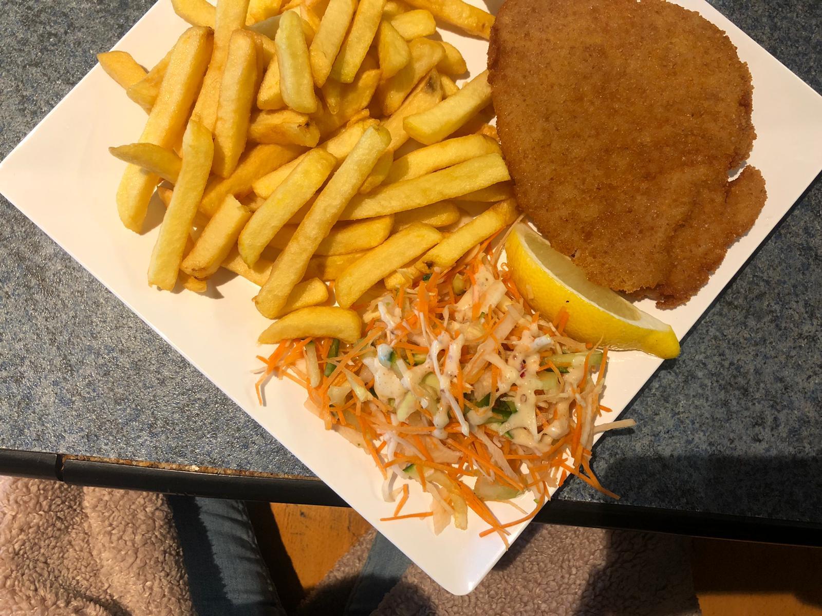 Patat en schnitzel