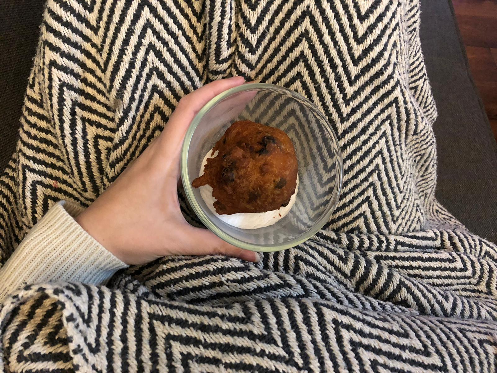 Ontbijten met een oliebol