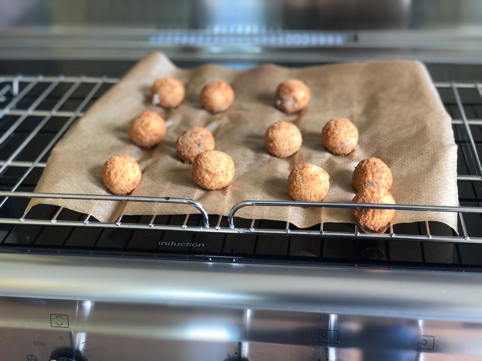 Bitterballen in de oven
