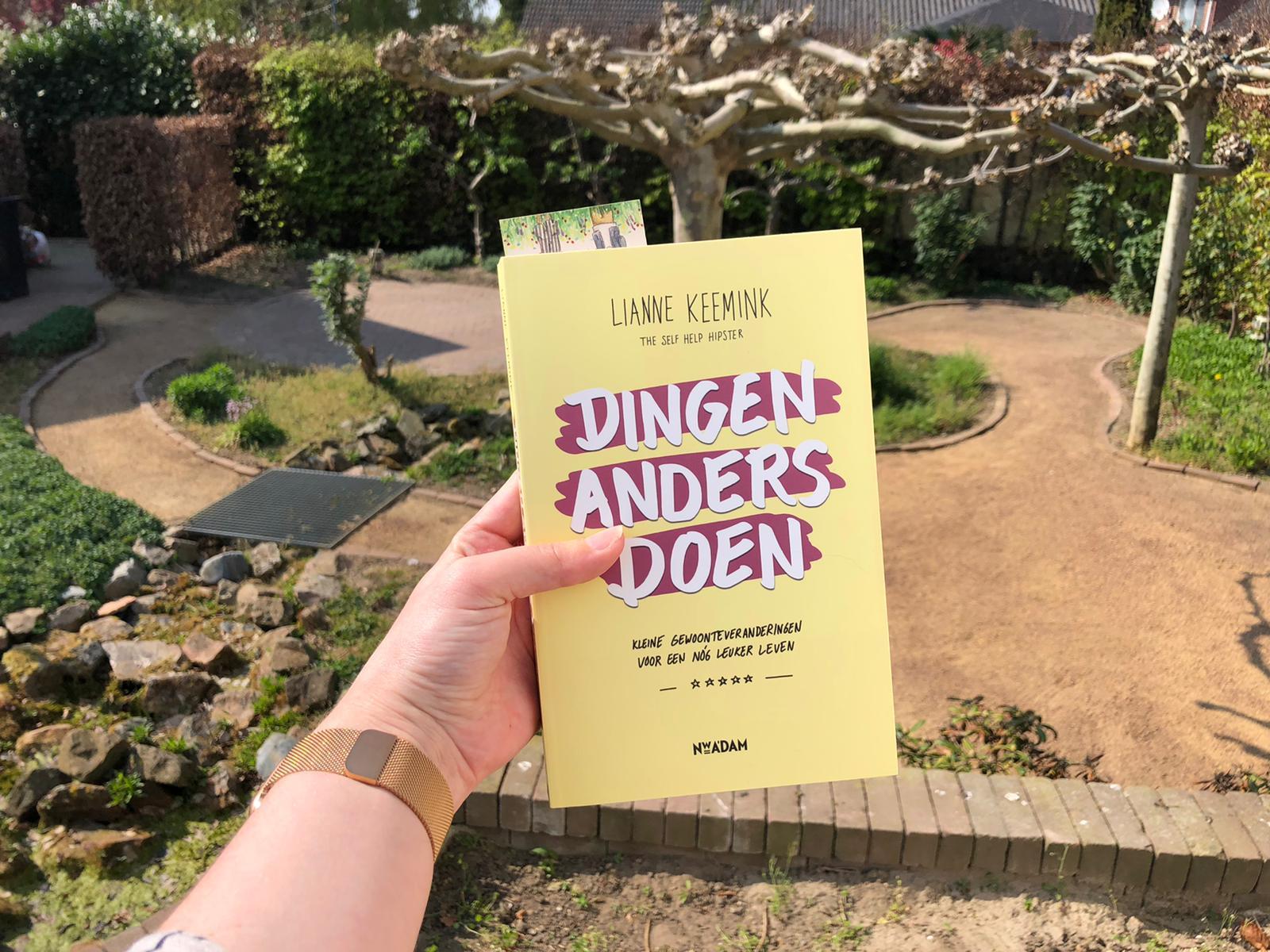 Dingen anders doen lezen in de tuin