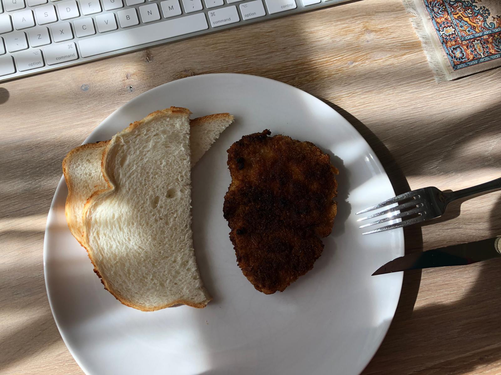 Lunchen met schnitzel