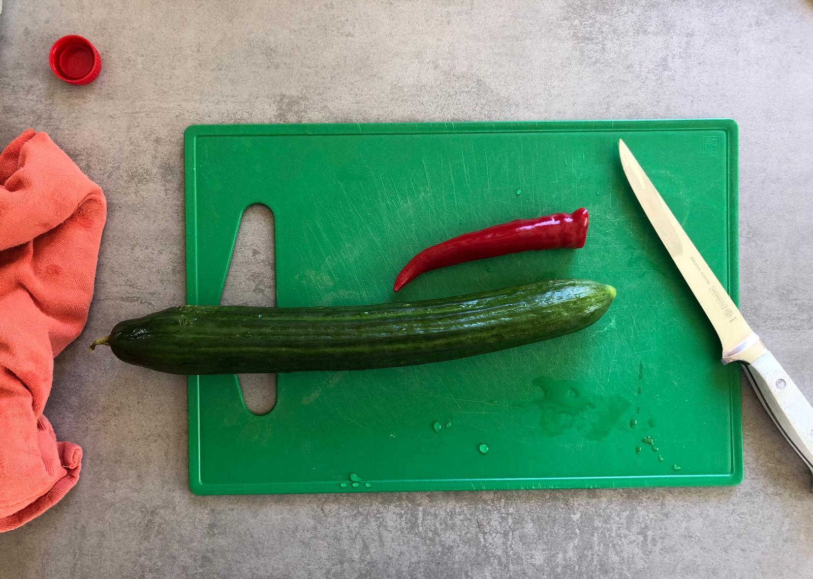 Zure komkommer maken