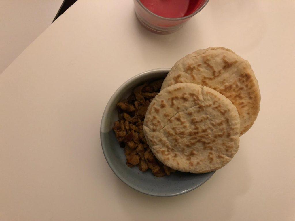 Broodje shoarma eten
